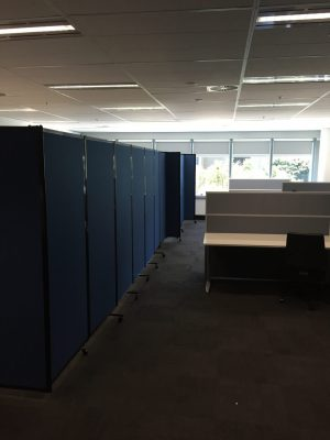 Easily Set Up an Office Meeting Area Within a Room Using Mobile Office  PartitionsBlog Smart Flex Office   Portable Partitions New Zealand. Office Wall Dividers Nz. Home Design Ideas